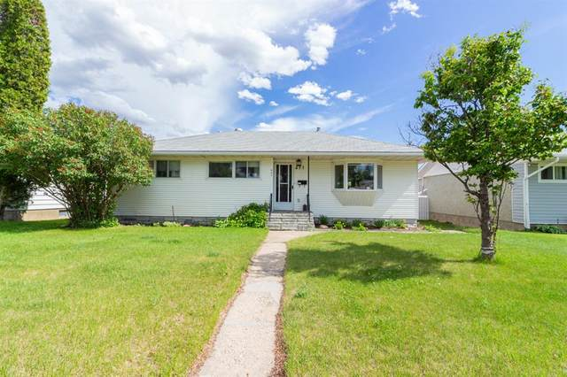 457 8 Street NE, Medicine Hat, AB T1A 5R8 (#A1119800) :: Western Elite Real Estate Group
