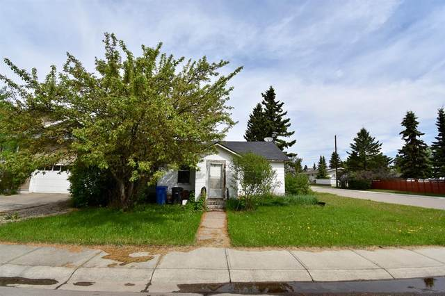 1302 Centre Street, Carstairs, AB T0M 0N0 (#A1119970) :: Calgary Homefinders