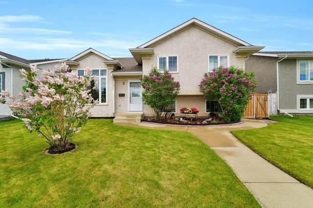 3 Hallgren Drive, Sylvan Lake, AB T4S 1T4 (#A1119975) :: Calgary Homefinders