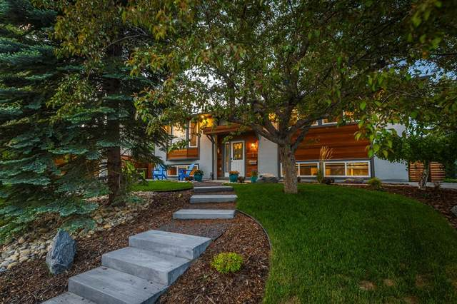 2104 Palisdale Road SW, Calgary, AB T2V 3T6 (#A1120912) :: Western Elite Real Estate Group