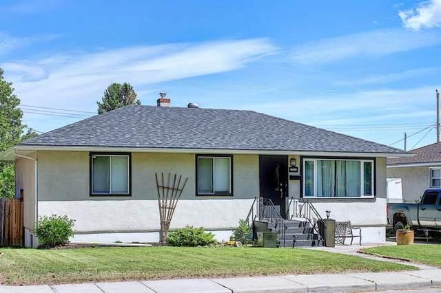 1448 Renfrew Drive NE, Calgary, AB T2E 5J5 (#A1121211) :: Greater Calgary Real Estate