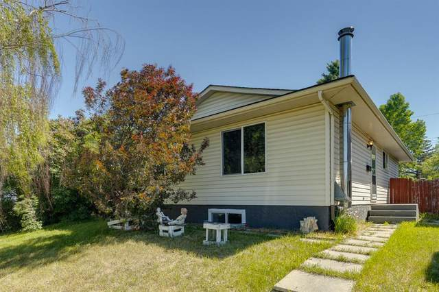 1420 43 NE Street, Calgary, AB T2A 3L6 (#A1121333) :: Western Elite Real Estate Group