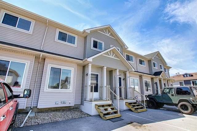 207 Strathaven Mews, Strathmore, AB T1P 1P4 (#A1121610) :: Calgary Homefinders