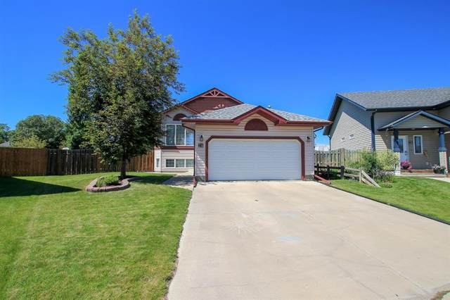 24 Jarvis Close, Penhold, AB T0M 1R0 (#A1122320) :: Canmore & Banff