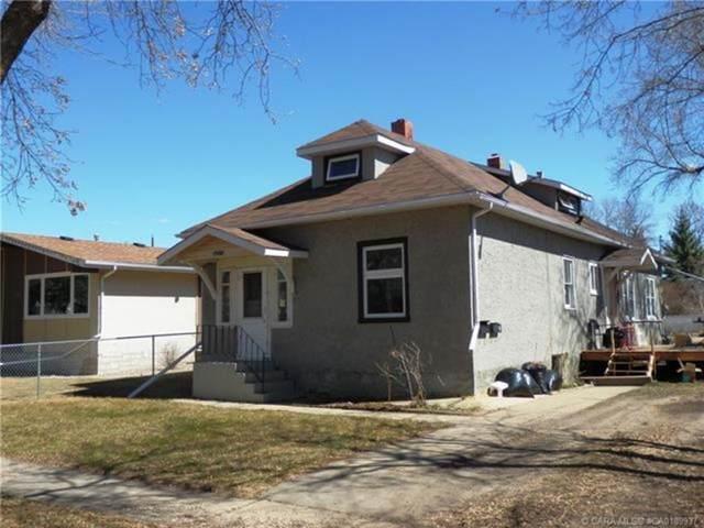 5211 52 Street, Camrose, AB T4V 1V9 (#A1127158) :: Calgary Homefinders