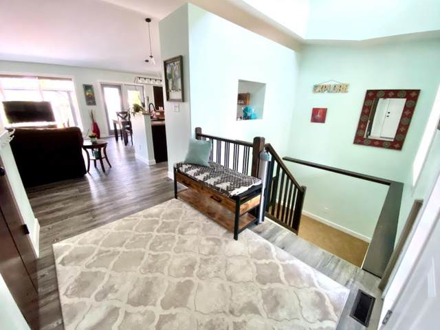 357 Grizzly Crescent N, Lethbridge, AB T1H 4E6 (#A1135262) :: Calgary Homefinders
