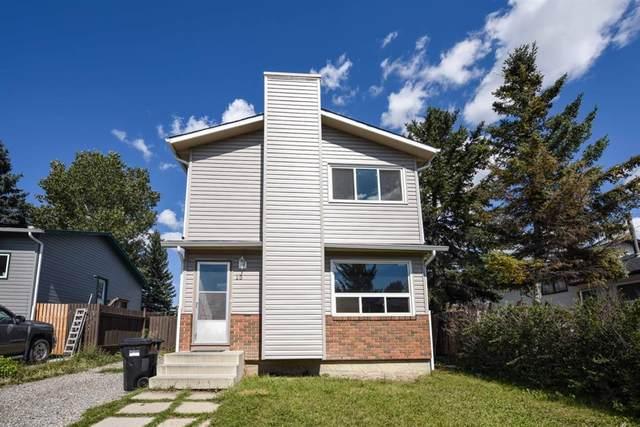 15 Castleglen Crescent NE, Calgary, AB T3J 1N2 (#A1141779) :: Calgary Homefinders