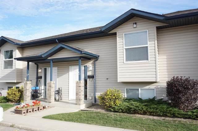 5 Leung Place, Blackfalds, AB T0M 0J0 (#A1145525) :: Calgary Homefinders