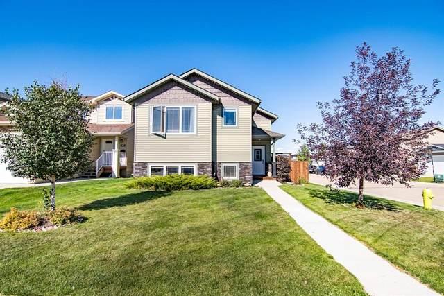 111 Almond Crescent, Blackfalds, AB T4M 0J5 (#A1148464) :: Calgary Homefinders