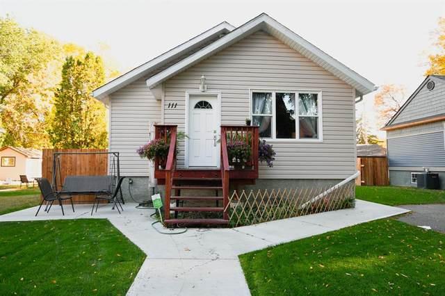 111 2 Street NE, Medicine Hat, AB T1A 5K8 (#A1149085) :: Western Elite Real Estate Group