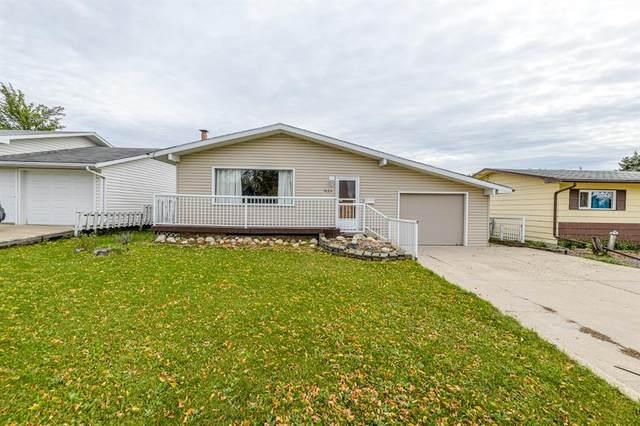 9625 113 Avenue, Grande Prairie, AB T8V 1W4 (#A1149626) :: Western Elite Real Estate Group