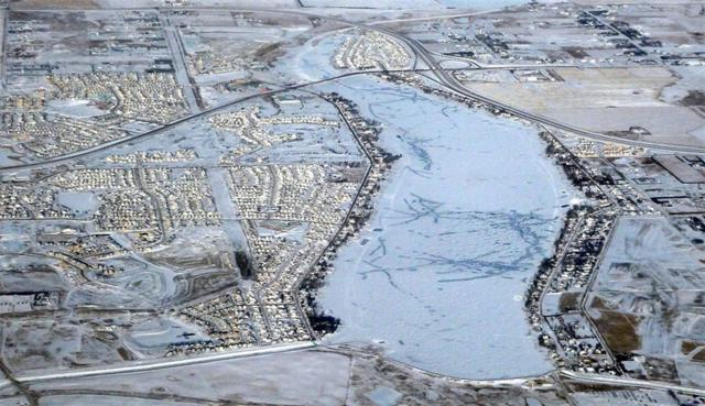 908 East Lakeview Road, Chestermere, AB T1X 1B1 (#C4237188) :: Calgary Homefinders