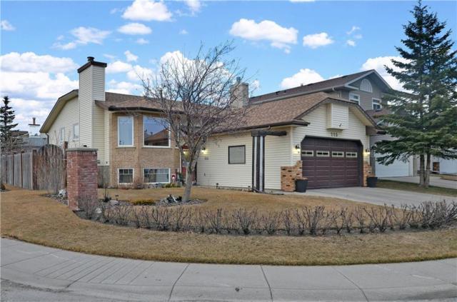 225 Hawkbury Close NW, Calgary, AB T3G 3N1 (#C4239002) :: Canmore & Banff