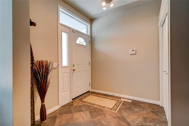30 Country Hills Gardens NW, Calgary, AB T3K 5G1 (#C4239134) :: Redline Real Estate Group Inc