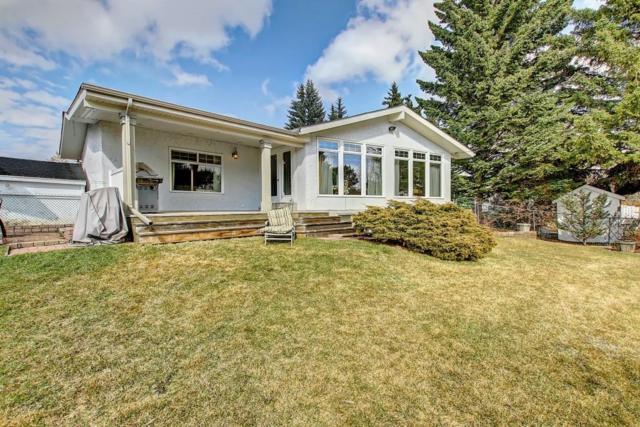 3307 Breton Close NW, Calgary, AB T2L 1X3 (#C4239285) :: Calgary Homefinders