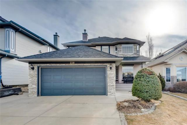 220 Sienna Park Drive SW, Calgary, AB T3H 3L5 (#C4241052) :: Redline Real Estate Group Inc