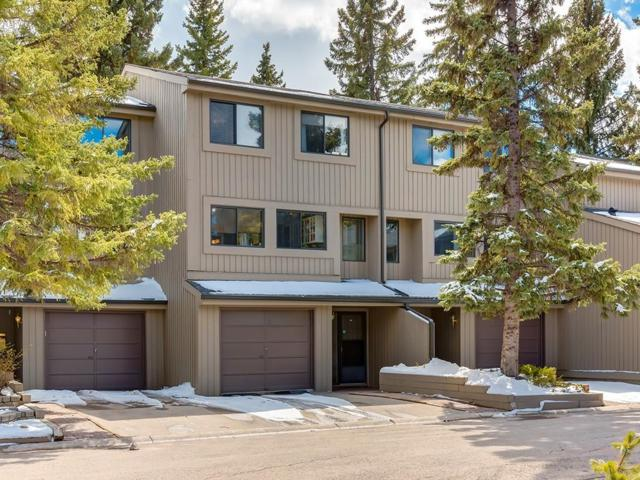 10401 19 Street SW #7, Calgary, AB T2W 3E7 (#C4242567) :: Redline Real Estate Group Inc