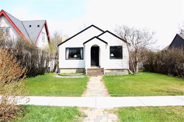 322 Sharon Avenue SW, Calgary, AB T3C 2G7 (#C4244435) :: Virtu Real Estate