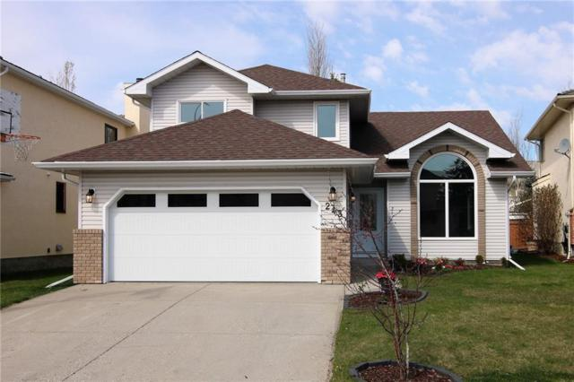 243 Hawkstone Close NW, Calgary, AB T3G 3P2 (#C4244523) :: Redline Real Estate Group Inc