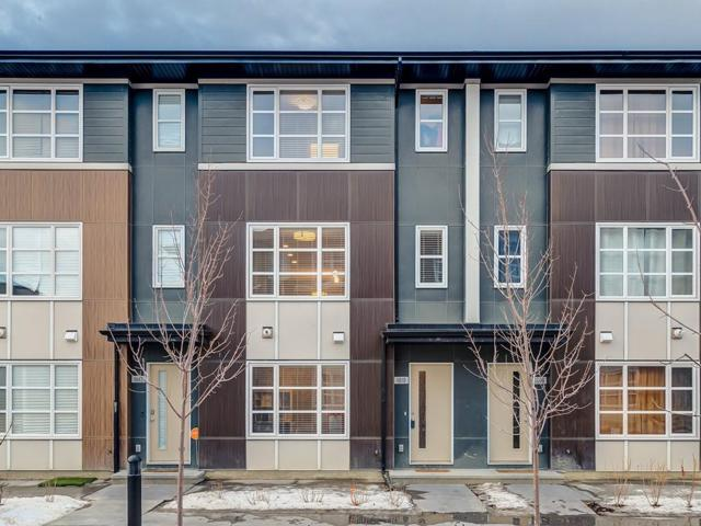 1010 Evansridge Park NW, Calgary, AB T3P 0N7 (#C4245856) :: Redline Real Estate Group Inc