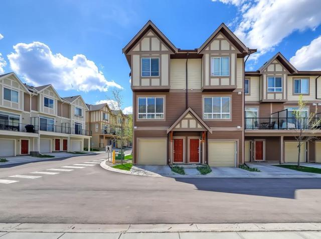105 Sherwood Lane NW, Calgary, AB T3R 0V3 (#C4247622) :: Redline Real Estate Group Inc