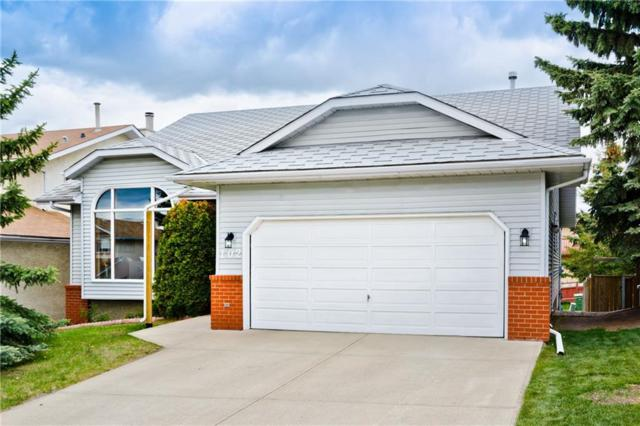 102 Hawkdale Circle NW, Calgary, AB T3G 3L5 (#C4253080) :: The Cliff Stevenson Group