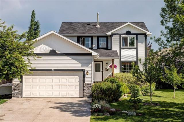 19 Bow Way, Cochrane, AB T4C 1N4 (#C4254782) :: Western Elite Real Estate Group