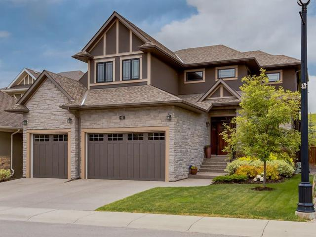 42 Wexford Crescent SW, Calgary, AB T3H 0G9 (#C4254967) :: Calgary Homefinders