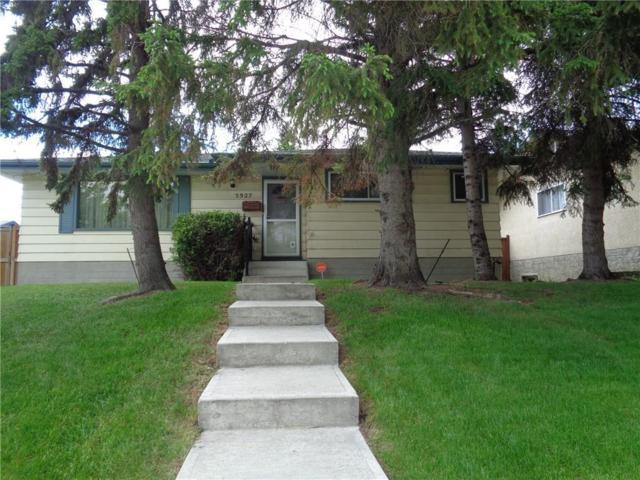 5927 Lockinvar Road SW, Calgary, AB T3E 5X4 (#C4255407) :: Calgary Homefinders