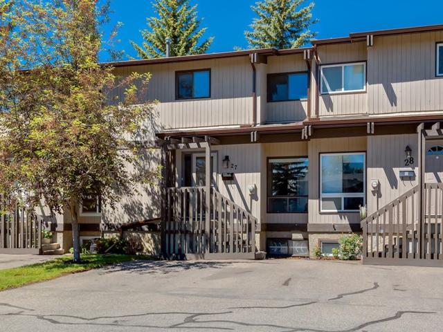 2210 Oakmoor Drive SW #27, Calgary, AB T2V 4R4 (#C4256088) :: Redline Real Estate Group Inc