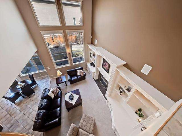 26 Royal Crest Way NW, Calgary, AB T3G 4M7 (#C4257300) :: The Cliff Stevenson Group