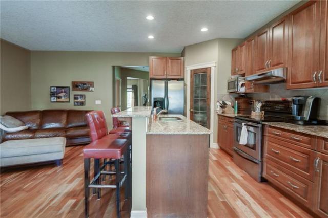 2027 41 Street SE, Calgary, AB T2B 1C5 (#C4257323) :: Redline Real Estate Group Inc