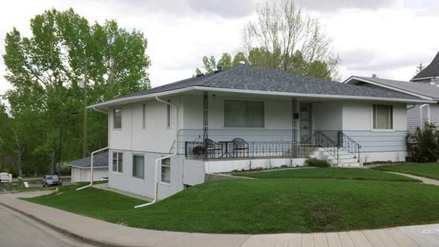 1340 21 Avenue NW, Calgary, AB T2M 1L4 (#C4257399) :: Redline Real Estate Group Inc