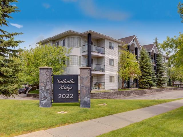2022 Canyon Meadows Drive SE #213, Calgary, AB T2J 7H1 (#C4257486) :: The Cliff Stevenson Group