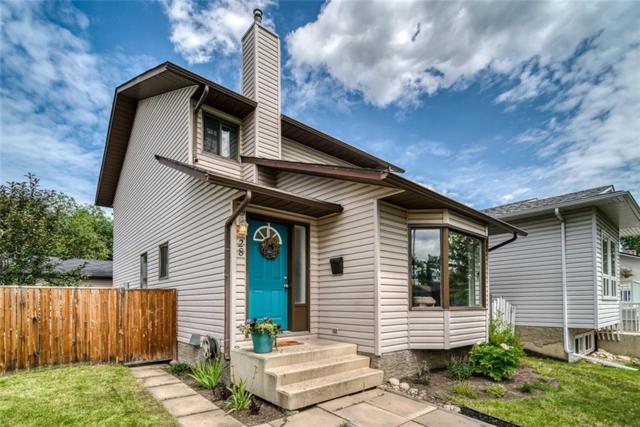 28 Woodglen Rise SW, Calgary, AB T2W 4S1 (#C4257945) :: Redline Real Estate Group Inc
