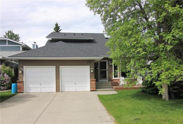 252 Hawkhill Place NW, Calgary, AB T3G 3H4 (#C4258187) :: Redline Real Estate Group Inc