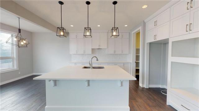 134 West Grove Point(E) SW, Calgary, AB T3H 1V3 (#C4258363) :: Redline Real Estate Group Inc