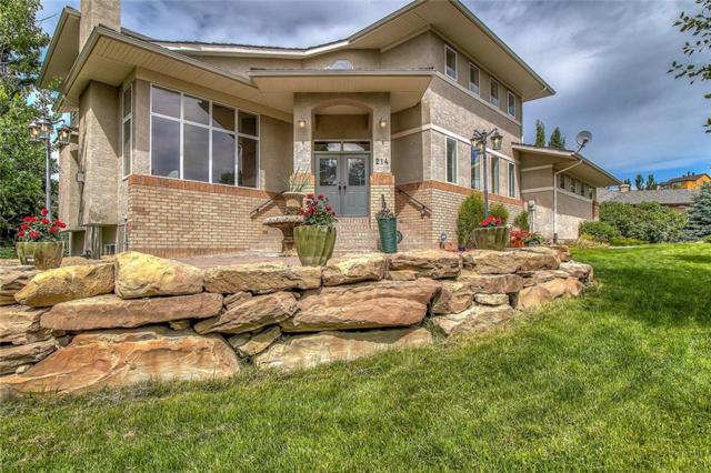214 Slopeview Drive SW, Calgary, AB T3H 4G5 (#C4258378) :: Redline Real Estate Group Inc