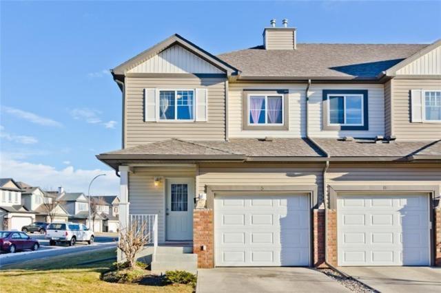 5 Saddletree Court NE, Calgary, AB T3J 5L1 (#C4258426) :: Redline Real Estate Group Inc