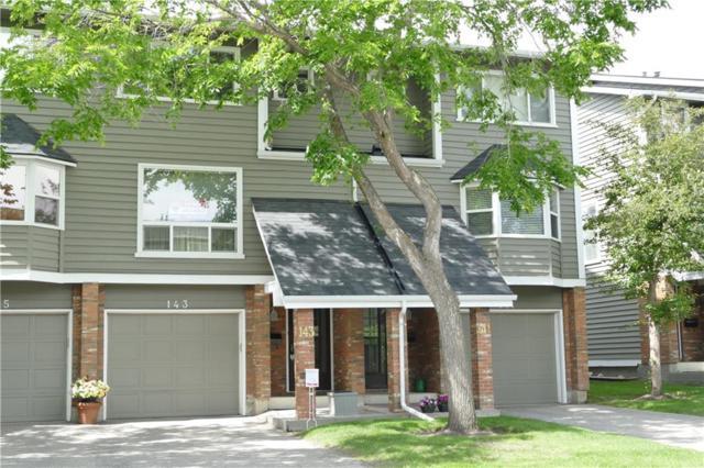 143 Woodglen Grove SW, Calgary, AB T2W 4J9 (#C4258661) :: Redline Real Estate Group Inc