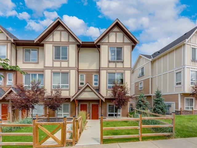 898 Sherwood Boulevard NW, Calgary, AB T3R 0V3 (#C4259047) :: Canmore & Banff