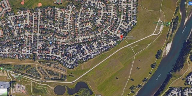 312 Deerbrook Mews SE, Calgary, AB T2J 6G4 (#C4259128) :: The Cliff Stevenson Group