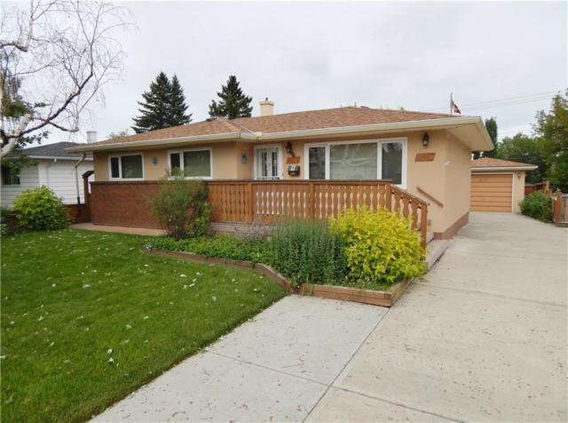 8216 5 Street SW, Calgary, AB T2V 1C5 (#C4259192) :: Calgary Homefinders
