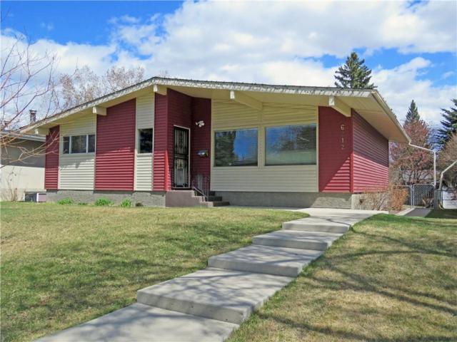 6212 Lacombe Way SW, Calgary, AB T3E 5T3 (#C4262342) :: Virtu Real Estate