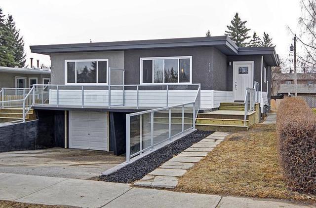 2109 50 Avenue SW, Calgary, AB T2T 2W5 (#C4262672) :: The Cliff Stevenson Group