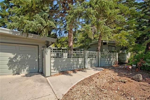 4012 Varmoor Road NW, Calgary, AB T3A 0B2 (#C4263150) :: The Cliff Stevenson Group