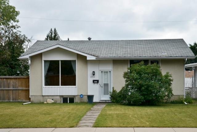 5752 Lodge Crescent SW, Calgary, AB T3E 5Y7 (#C4263277) :: Virtu Real Estate