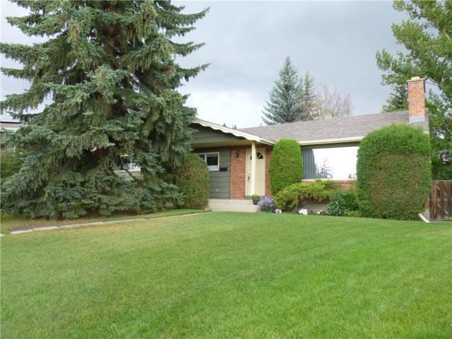5704 Lawson Place SW, Calgary, AB T3E 5Z2 (#C4263494) :: Virtu Real Estate