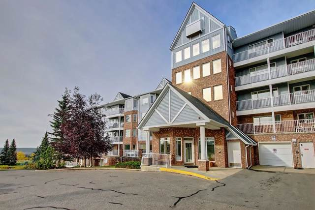 3315 Hawksbrow Point(E) NW, Calgary, AB T3G 4C9 (#C4268241) :: Redline Real Estate Group Inc