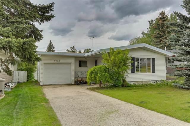 3207 15 Street NW, Calgary, AB T2L 0J9 (#C4271118) :: Redline Real Estate Group Inc